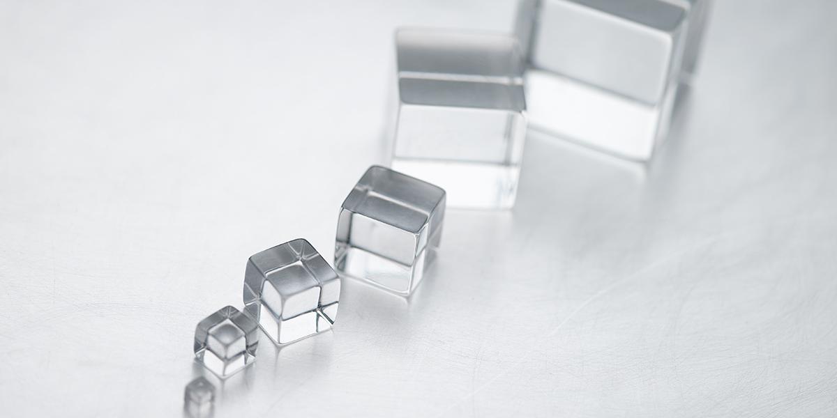 Clear cubes